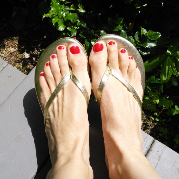 "OPI's ""Color So Hot it Berns"" made for a great 4th of July pedicure polish."